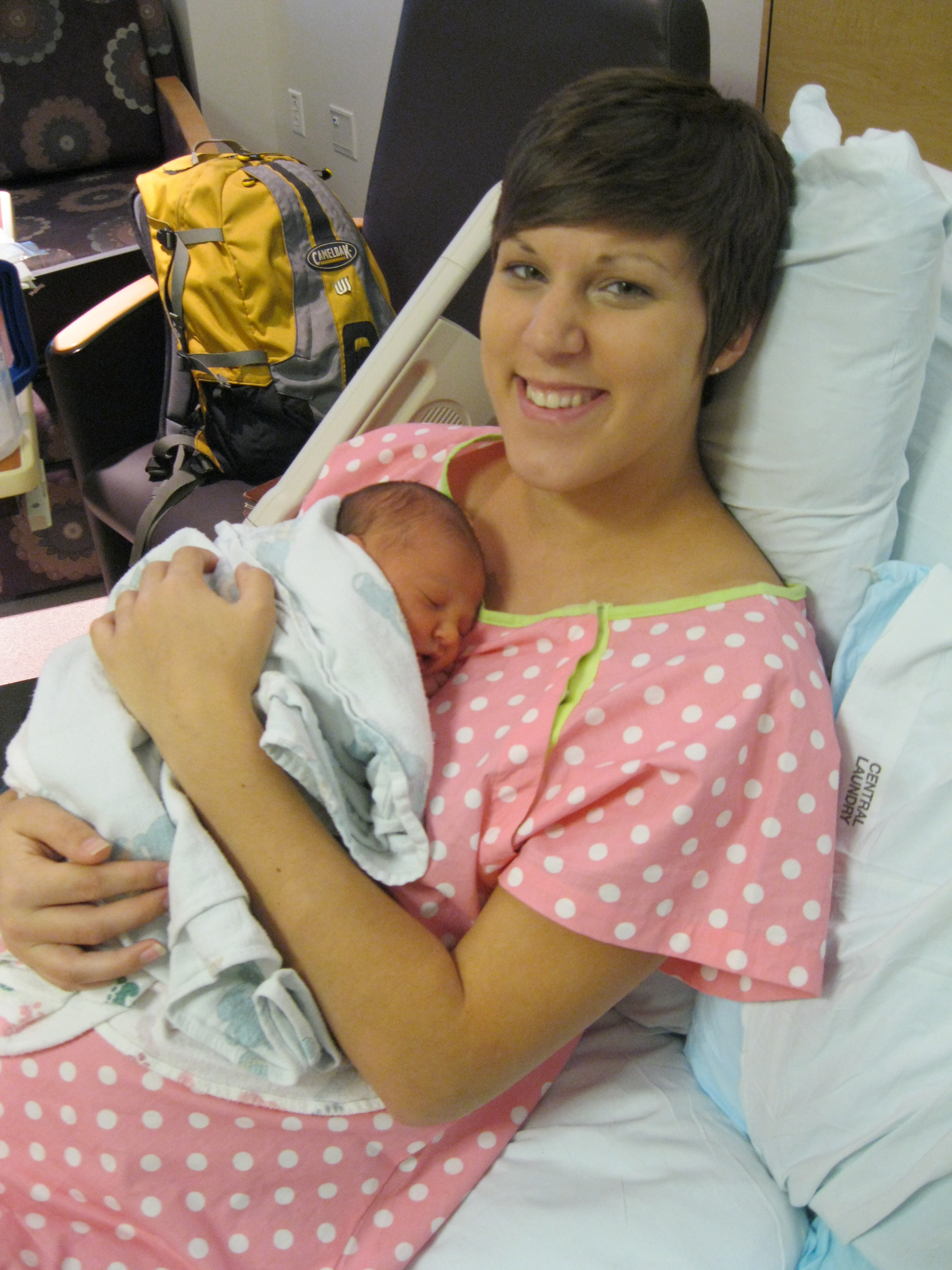 DIY hospital gown | Mother\'s Niche